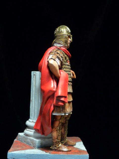 FIN : Officier des Equites, fin du 3ème siècle Ap JC P1040514