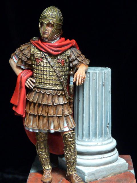 FIN : Officier des Equites, fin du 3ème siècle Ap JC P1040516