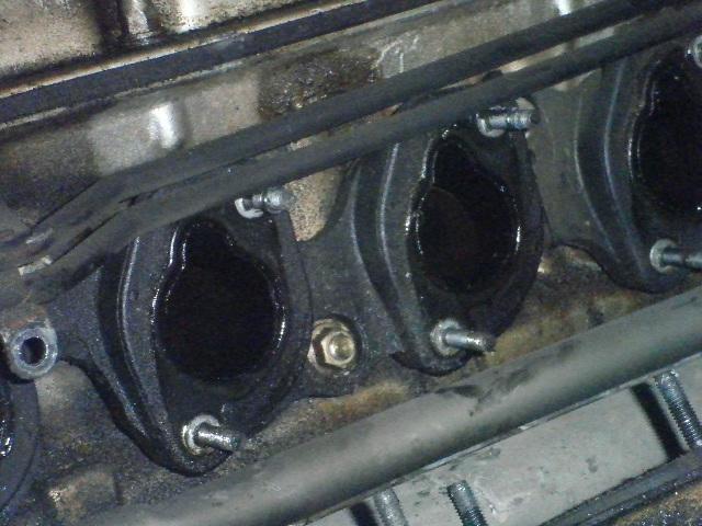 demontage haut moteur pour rampe de graissage Demont37