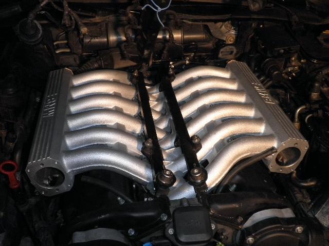 demontage haut moteur pour rampe de graissage Demont55