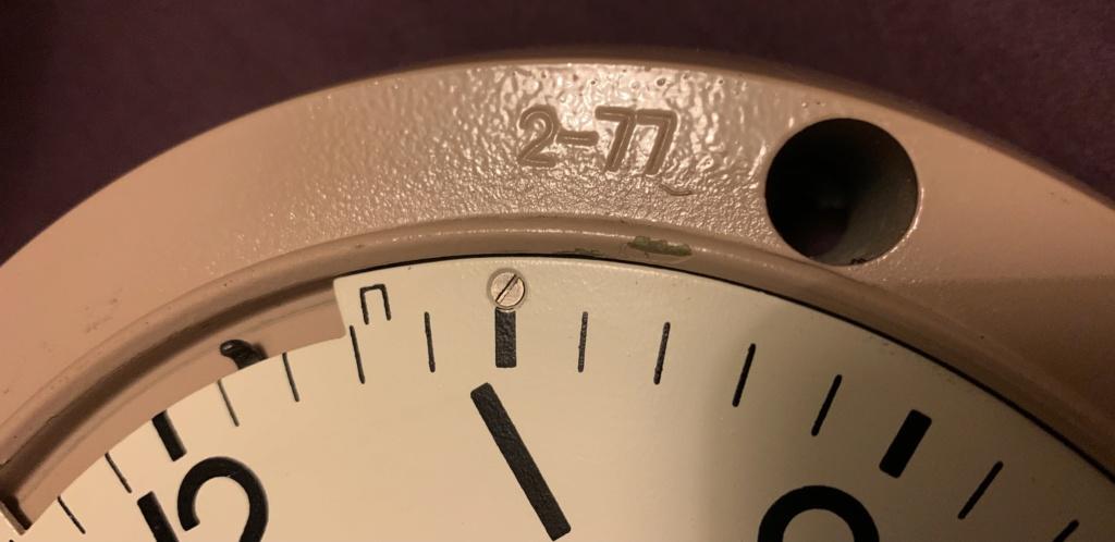 Horloge marine (qui n'est plus un presse-papiers) 2bfa4a10