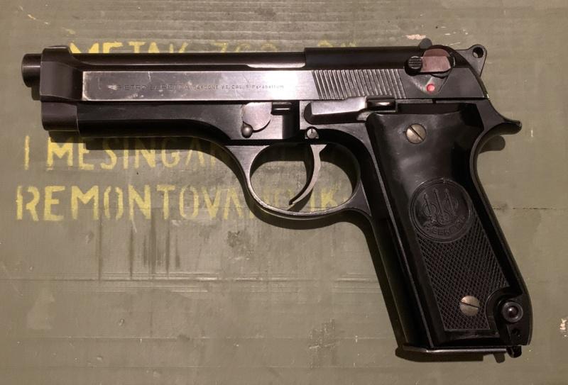 Le Beretta 92S de surplus des Carabinieri  Fe572910