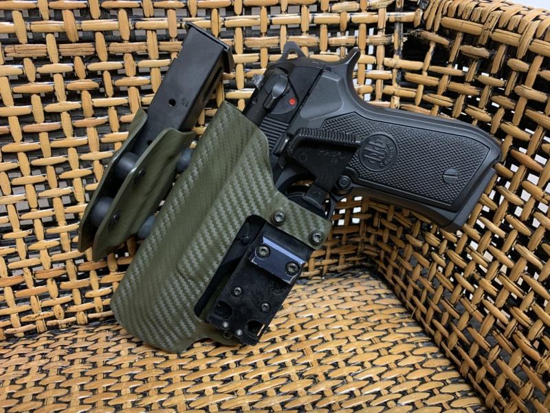Holster pour Beretta 92 S, F, FS, Centurion, etc Img_5513