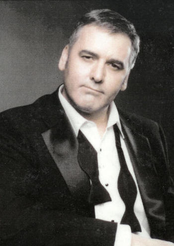 Casting for a George Clooney lookalike Gary_t10