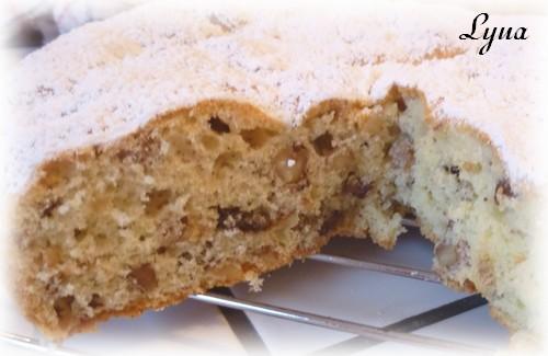 Gâteau aux noix et raisins Gateau16