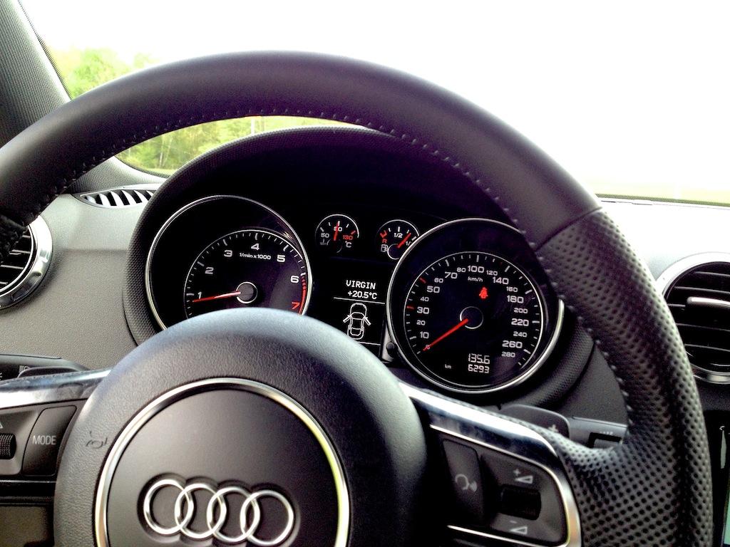 Présentation Audi TT 1.8TFSI S-Tronic 7 Img_3320