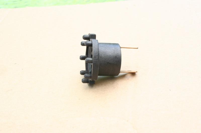 DDMTuning.com H7 HID Bulb Installation Question Img_4612