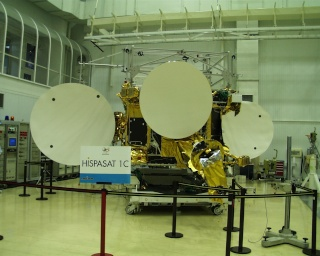 Manutenção no satélite Hispasat 30°. Hispas10
