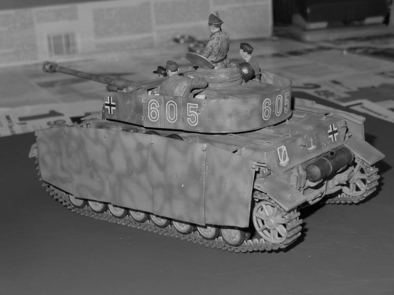 panzer IV Gunze - Page 2 25_pz_16