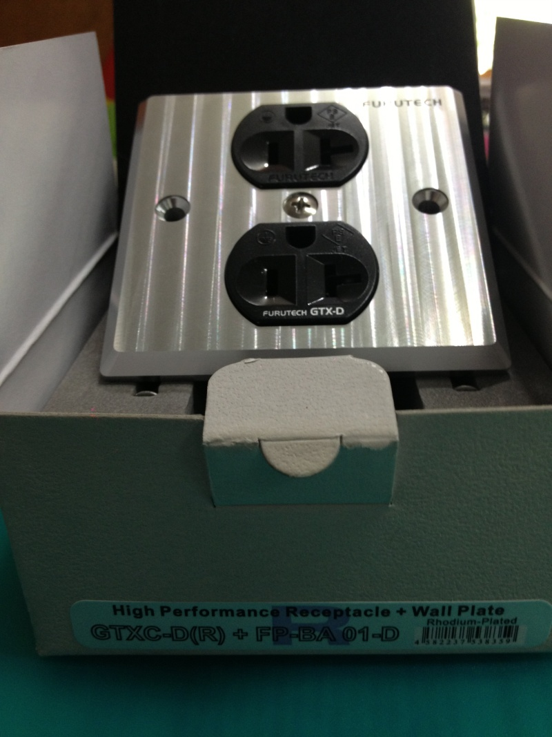 Furutech GTX-D (R)/ -D/-S NCF(R) High End Performance Receptacle+Wall Plate(New) Img_2311