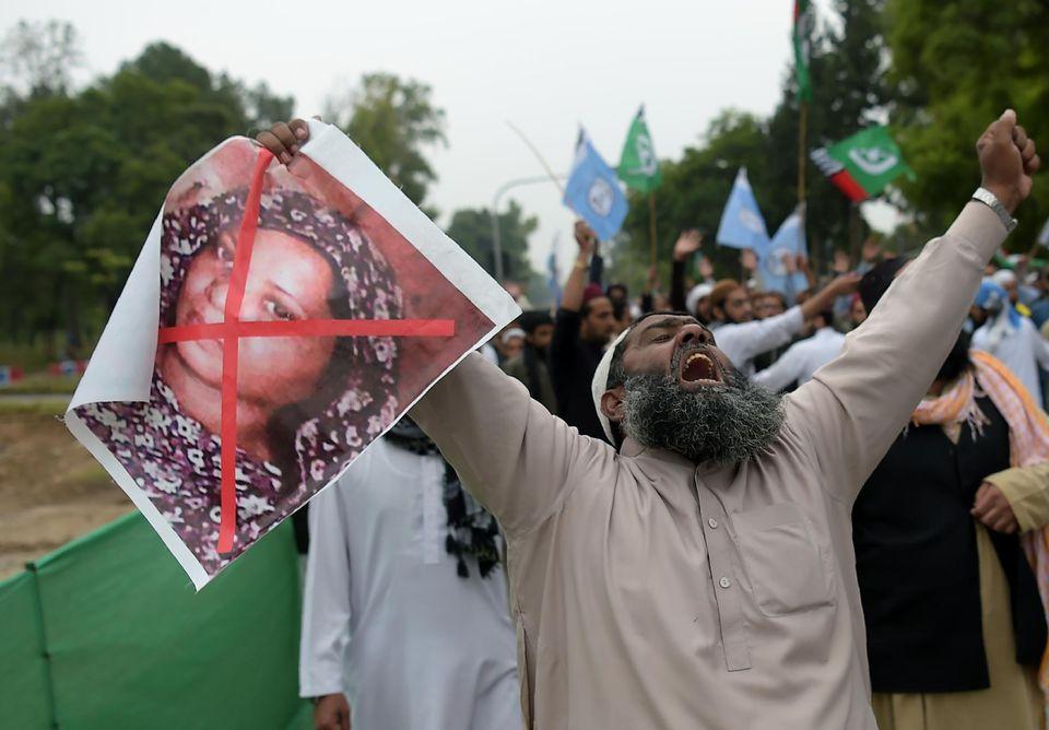 Pakistan : tensions et menaces de mort après l'acquittement de la chrétienne Asia Bibi 11693310
