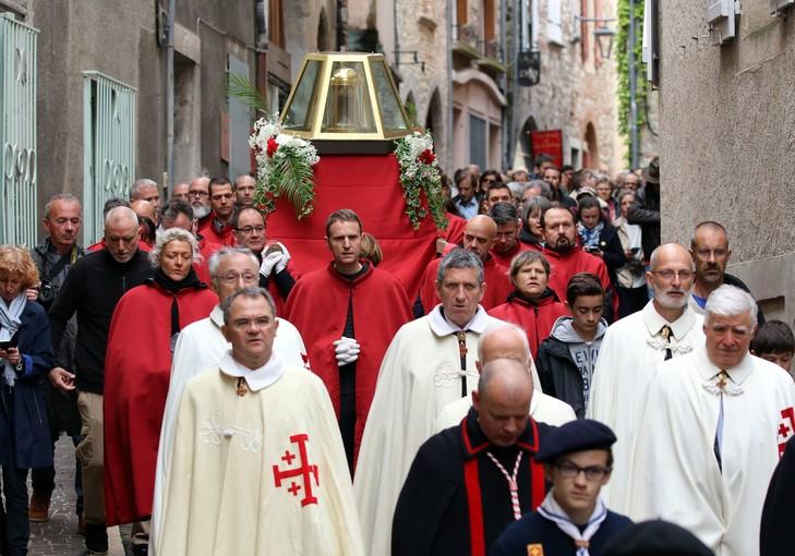 À Cahors, la Sainte Coiffe suscite l'union sacrée Sainte10
