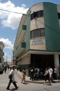Banco cubano arriba a sus tres décadas con nuevos servicios Bpa10