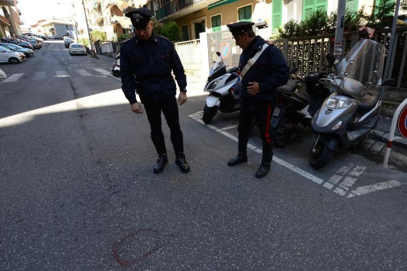 Genova - Cubana di 41 anni colpita alla schiena da 3 colpi di pistola. Genova10