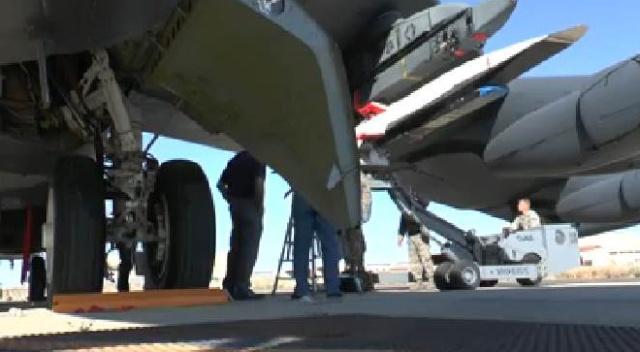 1er mai 2013 - L'avion hypersonique X-51A WaveRider bat un nouveau record Capt_h10