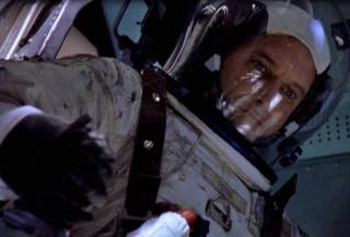 Série Télévisée : De la Terre à la Lune - 15 ans / Interviews spéciales Space Quotes - Souvenirs d'espace Captur12