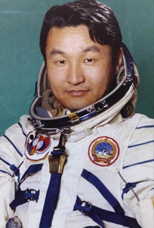 15 - 16 juin 2013 / 30 ans Uranoscope - Plusieurs cosmonautes de présents Gourra10