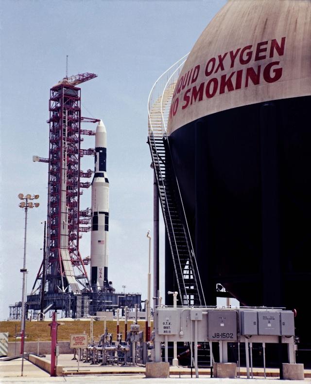 Skylab 1 - La mission - Rares Documents, Photos, et autres ...  Skylab17