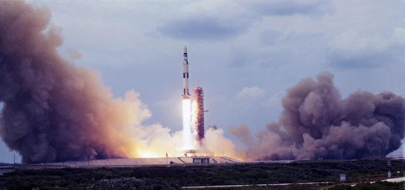 Skylab 1 - La mission - Rares Documents, Photos, et autres ...  Skylab24