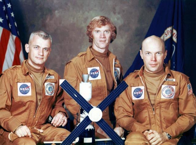 Skylab 2 - La mission - Rares Documents, Photos, et autres ... Skylab35