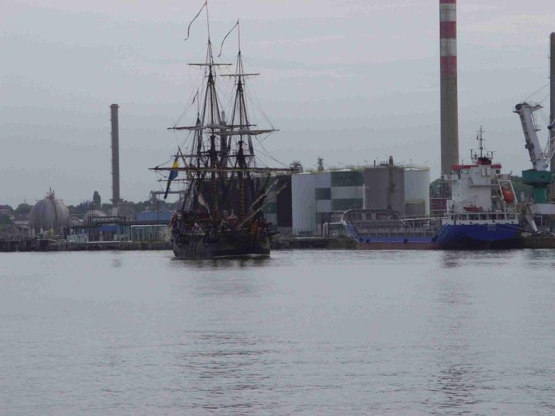 [16 juin 2013] L'Armada : Le départ des bateaux - Page 2 Img_6525