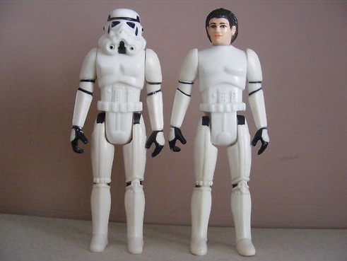 Awesome Ebay Ad thread - Volume II - Post the wacky one's Here! - Page 5 Leia_t10