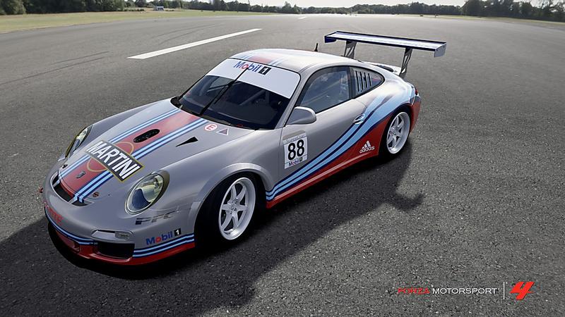 Réplique #88 Porsche Supercup - Team Martini - Sébastien Loeb  Forza-10