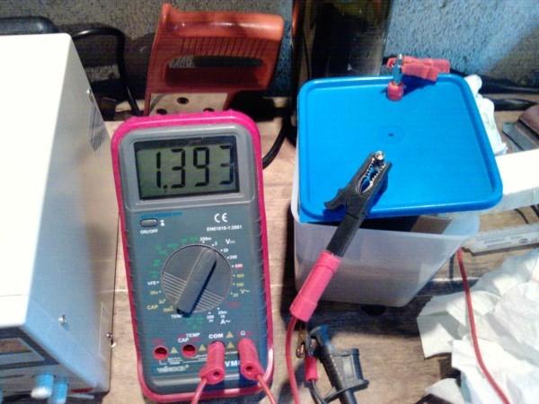 [Energie] Fabrication d'un accumulateur Nickel - Fer Edison / Batteries - Page 3 P2014_10