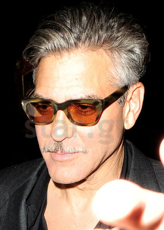 Photos: George Clooney leaving Lolou nightclub,  London.  Did Monica Jakisic follow him home? - Page 2 27051310