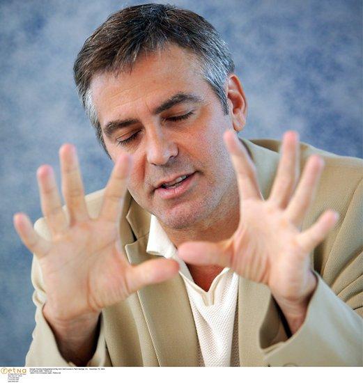 George Clooney George Clooney George Clooney! - Page 2 3c7v3510
