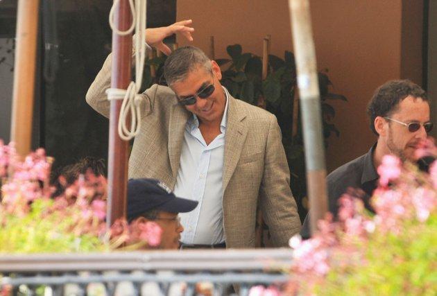 George Clooney George Clooney George Clooney! - Page 3 82566710