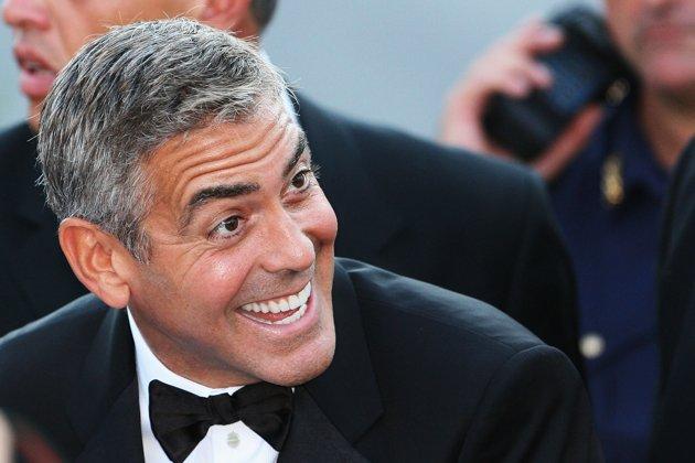 George Clooney George Clooney George Clooney! - Page 3 82570510