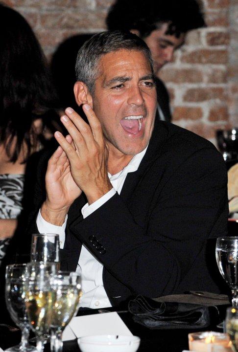 George Clooney George Clooney George Clooney! - Page 3 82577310