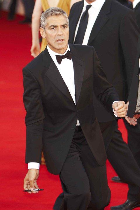 George Clooney George Clooney George Clooney! - Page 3 82578610