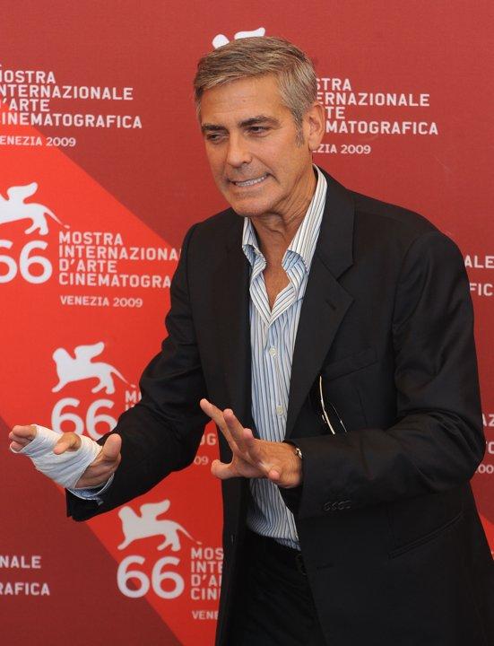 George Clooney George Clooney George Clooney! - Page 3 90433210