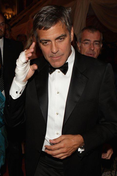 George Clooney George Clooney George Clooney! - Page 3 90542810