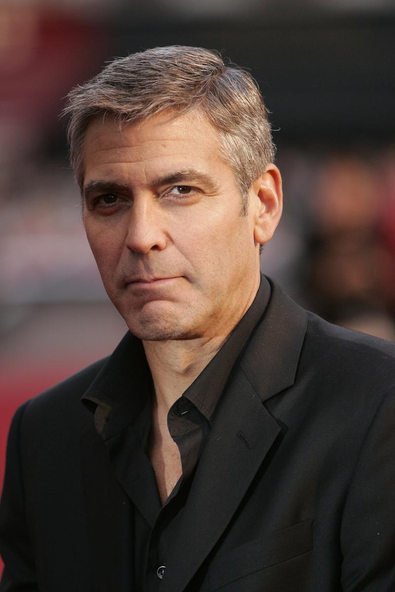 George Clooney George Clooney George Clooney! - Page 2 97815_11