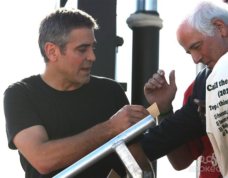 George Clooney George Clooney George Clooney! - Page 5 Wenn_911