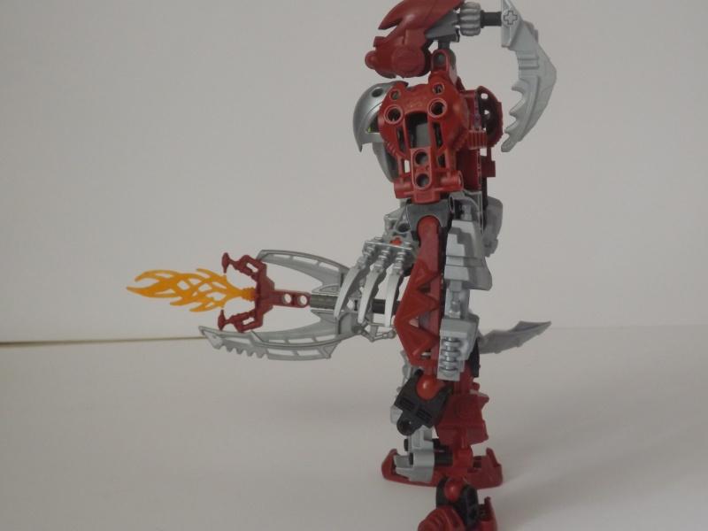 [MOC] Les mocs de Skrall789 (Nouveau Moc : MOCS BFGM : Akhatos - God of the Skull Spiders)  - Page 3 Dscf0517