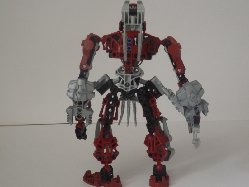 [MOC] Les mocs de Skrall789 (Nouveau Moc : MOCS BFGM : Akhatos - God of the Skull Spiders)  - Page 3 Dscf0518