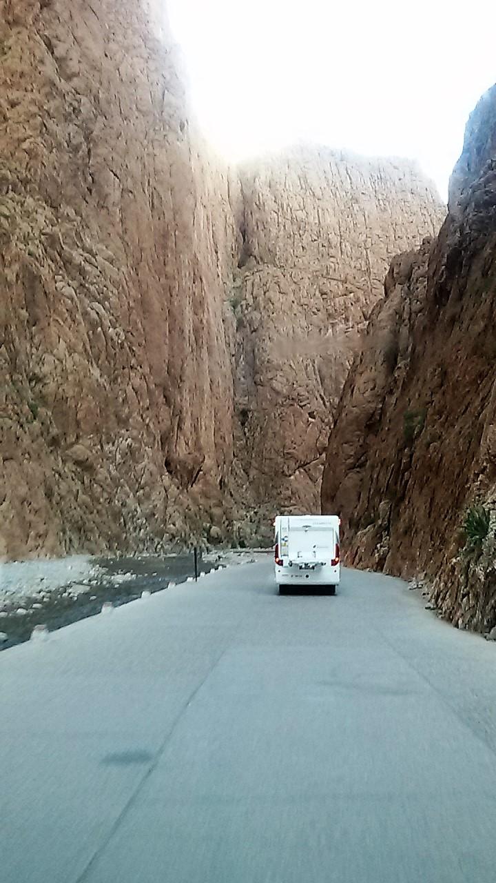 [Carburant, Routes, Police] boucle au  départ de Boulmane du Dadès - Agoudal - tinerhir. 20180310