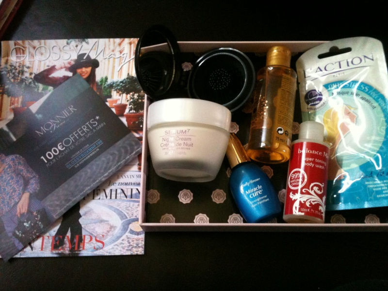 "[Avril 2013] Glossybox ""Feminity Booster"" - Page 15 Img_0810"
