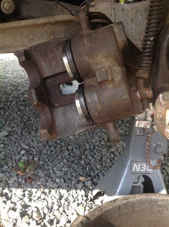 Changement rotules de pivot P38 Image23