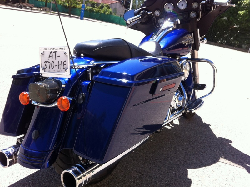 combien de STREET GLIDE  sur le forum Passion-Harley Img_0412