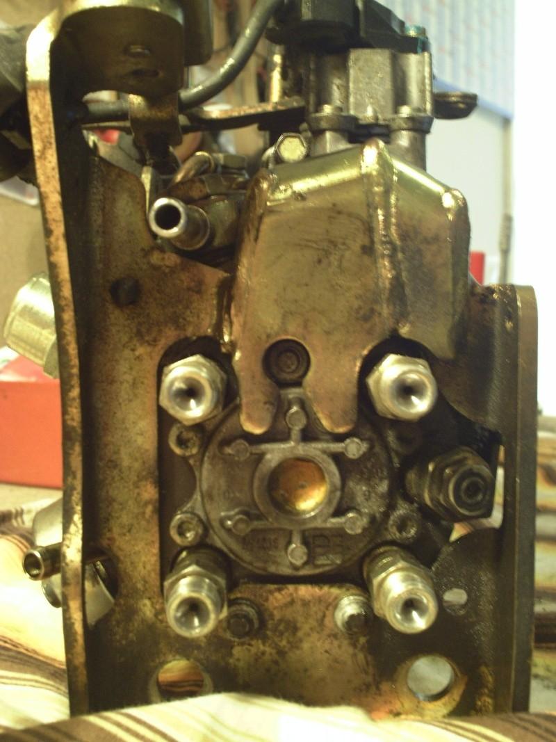 [ Ford escort 1.8 td 90ch an 1997 ] Fuite gazoil pompe injection (résolu) Pict0011