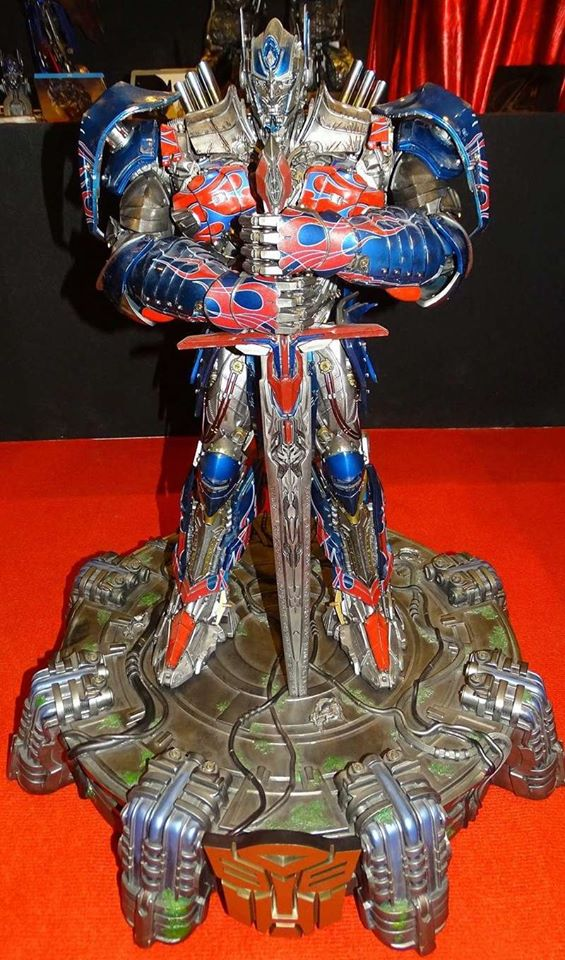 P1 King Kong Deluxe / Optimus Prime 1015