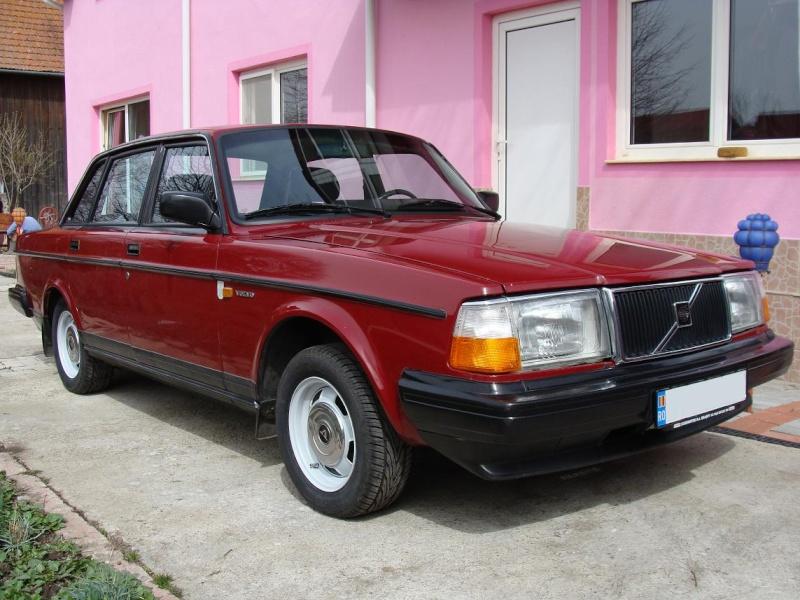 Ma Volvo 240 Dl de '86  Dsc03315
