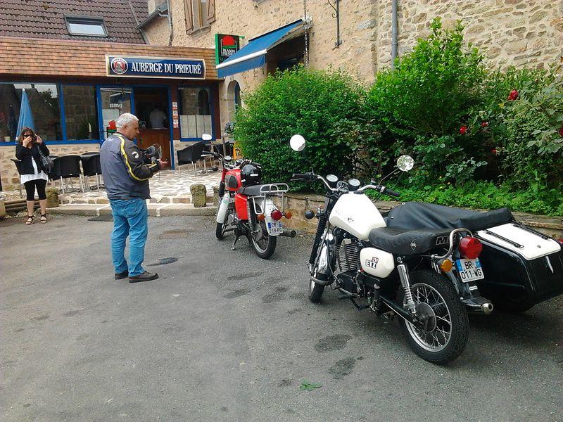Anniversaire de l'Amicale MZ et motos de l'Est 2013 - Page 11 Photo124