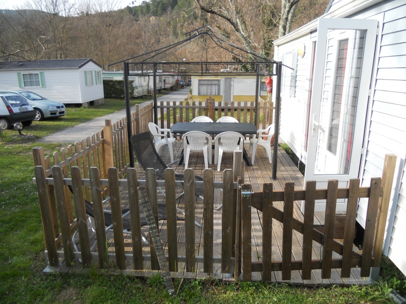 creation terrasse couverte pour mon mobil home. Black Bedroom Furniture Sets. Home Design Ideas