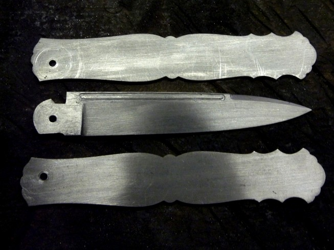 Couteaux de Michel Prevost - Page 3 P1020212